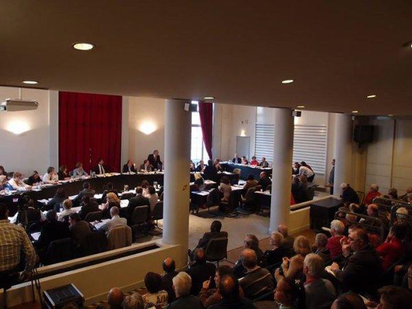 Premier Conseil Municipal de la mandature  ( Saint-Maur-des-Fosses )