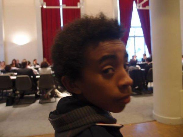 "William Ombagho,Jeune militant de 15 ans, Kenny Ombagho,Jeune militant de 14 ans : Conseil municipal ""spécial budget"""