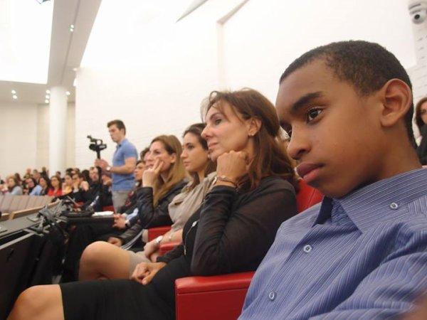 """William Ombagho,jeune de 16 ans """"Conférence: « Le Monde Arabe : levier de croissance pour les PME"""""""