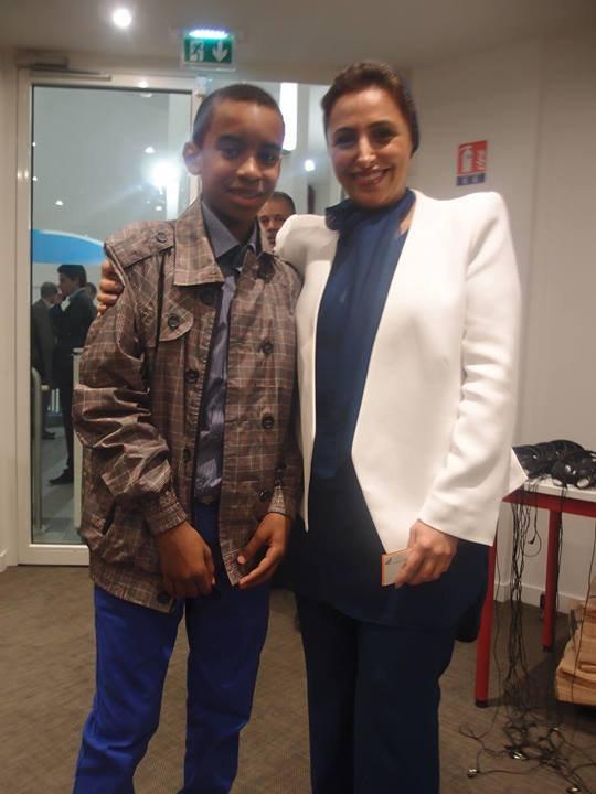 """Sous le haut patronage de Son Altesse Sheikha Bodour Bint Sultan Al Qasimi Fille de l'Emir de Sharjah (Emirats-Arabes-Unis) rencontre William Ombagho,jeune de 16 ans """" Conférence: « Le Monde Arabe : levier de croissance pour les PME """""""