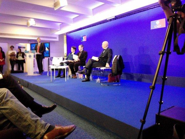 Pour une politique indépendante française en Europe de l' Est
