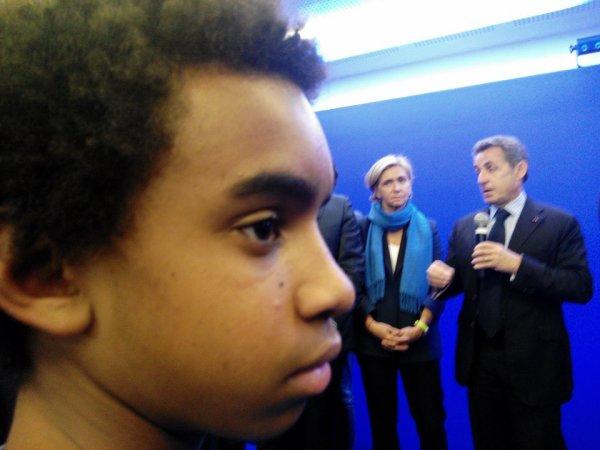 William Ombagho,jeune militant de 16 ans au côté de Nicolas Sarkozy, ancien président de la république de la France 2007 à 2012, le président UMP et Républicains 2015 avec Valérie Pécresse,ancienne ministre, député des Yvelines