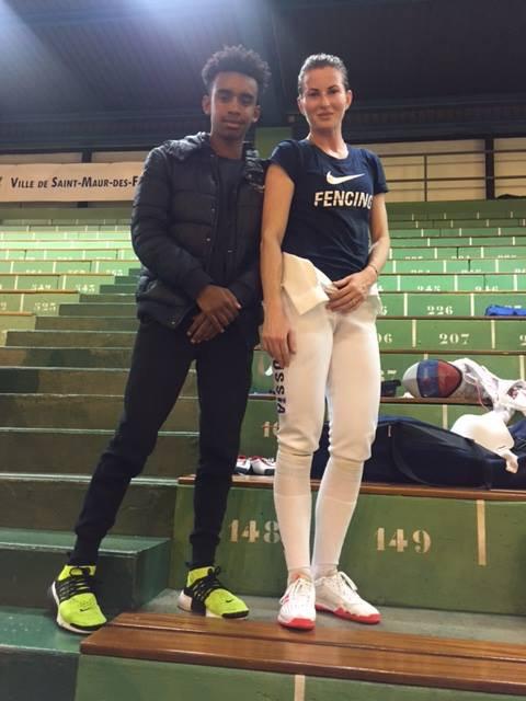 DERIGLAZOVA  Inna  de  Russia Champion Coupe du monde escrime  rencontre Ombagho William de 18 ans (  Challenge international Coupe du monde d' escrime à Centre Sportif Brossolette à Saint-Maur-des-Fosses Ile -de-France ( region de Paris ) France