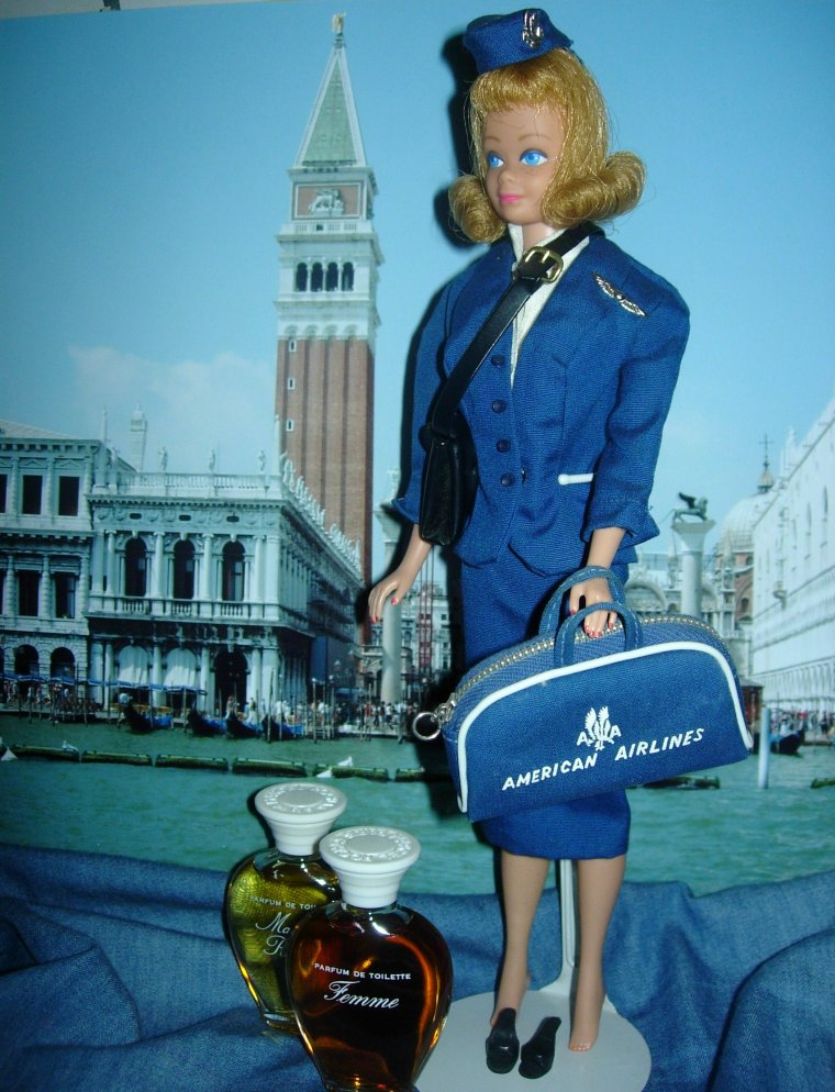 "BARBIE VINTAGE ""AMERICAN AIRLINES STEWARDESS"" ....."