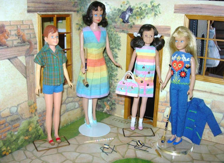 BARBIE / MIDGE & SKIPPER / SKOOTER / RICKY VINTAGE .....