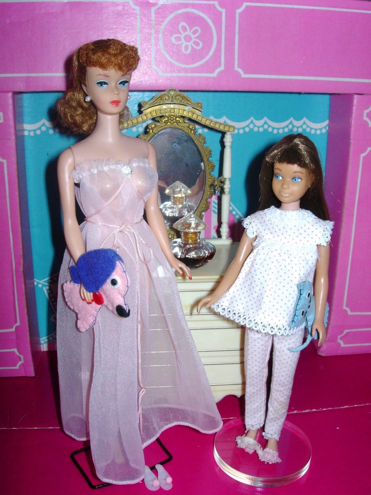 "BARBIE & SKIPPER VINTAGE : ""DREAMTIME"" et ""NIGHTY-NEGLIGEE"""
