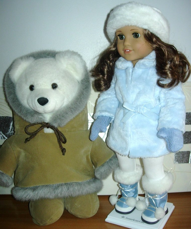 "AMERICAN GIRL DOLL ""REBECCA"" et son ours polaire !!!"