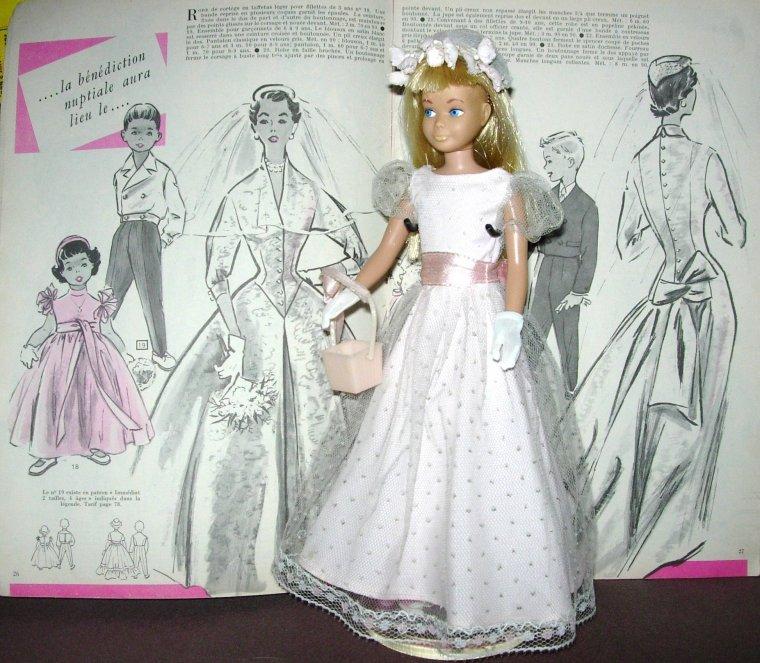 """BARBIE'S SISTER - SKIPPER VINTAGE : """"JUNIOR BRIDESMAID"""" ..."""