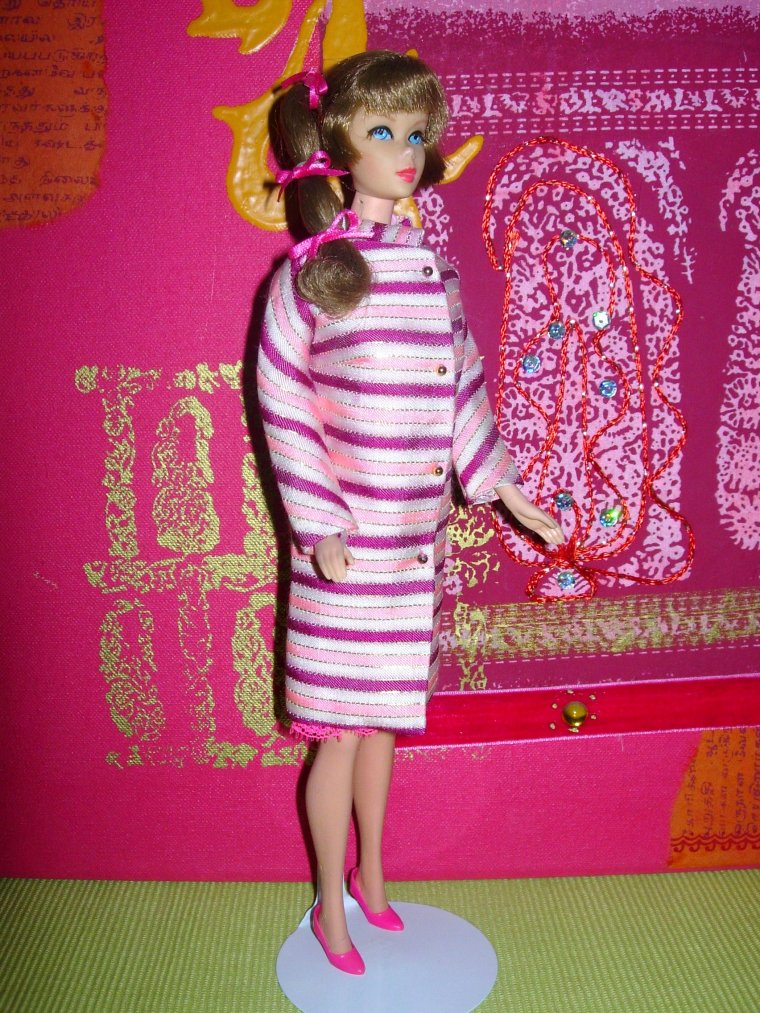"VINTAGE TALKING BARBIE ""MOD"" TNT ..."