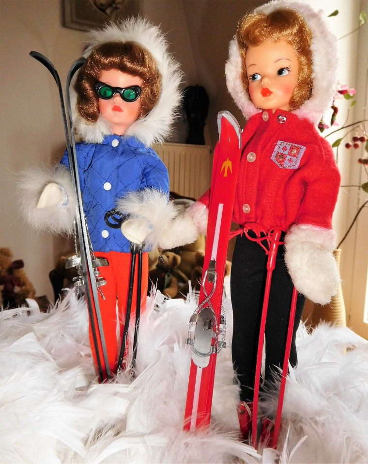 "VINTAGE TAMMY ""SNOW BUNNY"" et SINDY ""WINTER HOLIDAY"" ..."