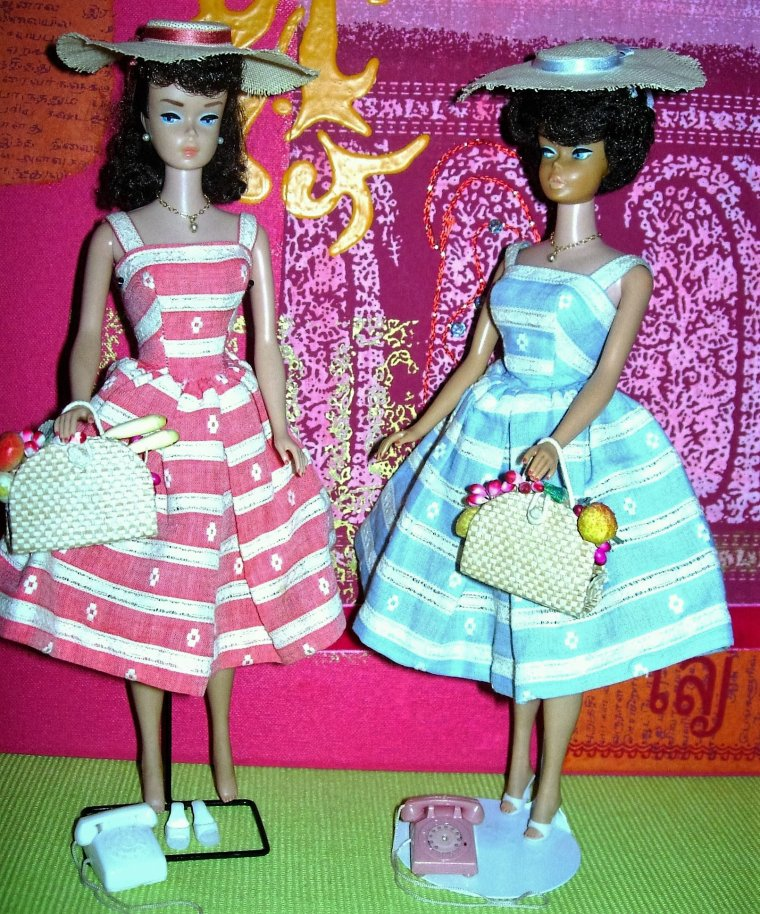 "BARBIE BUBBLE CUT ET BARBIE PONYTAIL ""SUBURBAN SHOPPER"" - ""BUSY MORNING"" !"
