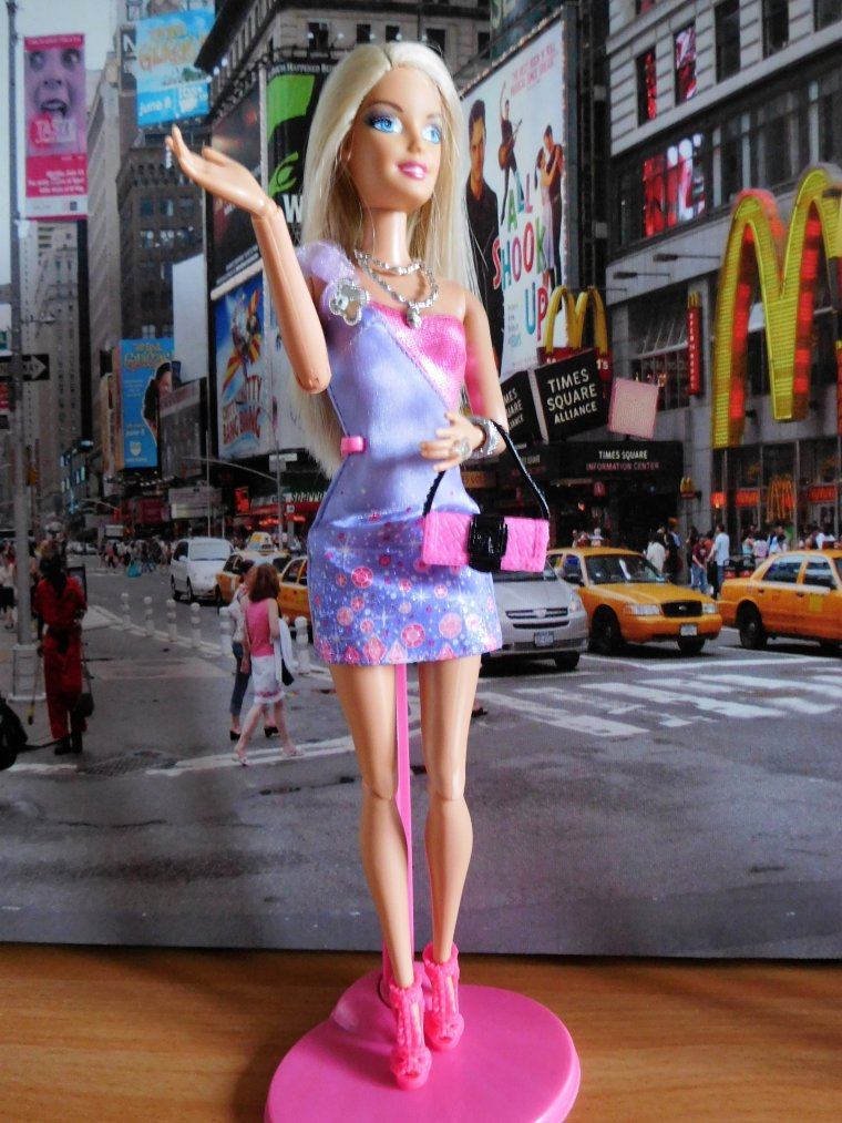 LE CORPS DES BARBIE FASHIONISTAS - (Seconde partie)