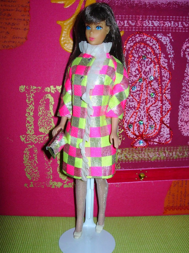 BARBIE ANCIENNES TNT et VINTAGE BUBBLE CUT en ROBES DE BAL ...