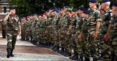 Modène la fidèle » Elèves de l'école militaire