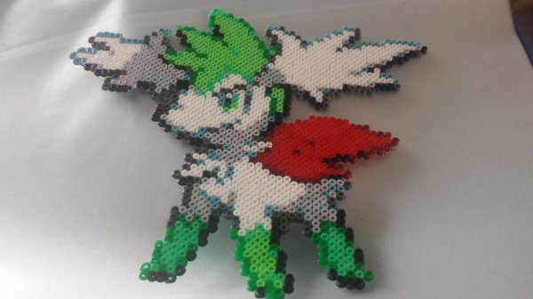 pokemon shaymin perles repasser mini pixel art hama. Black Bedroom Furniture Sets. Home Design Ideas