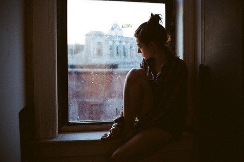 « L'avenir nous tourmente, le passé nous retient, c'est pour ça que le présent nous échappe. » - Flaubert