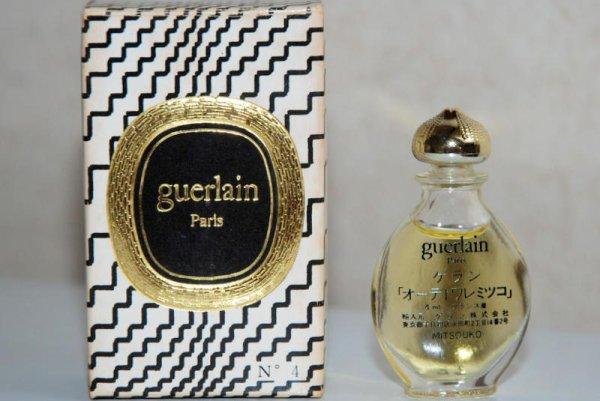 Goutte de GUERLAIN G 4 (1981), modèle Asiatique