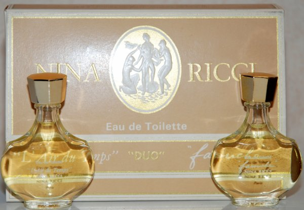 Coffret Duo de RICCI - L'Air du Temps et Farouche - Flacon amphore