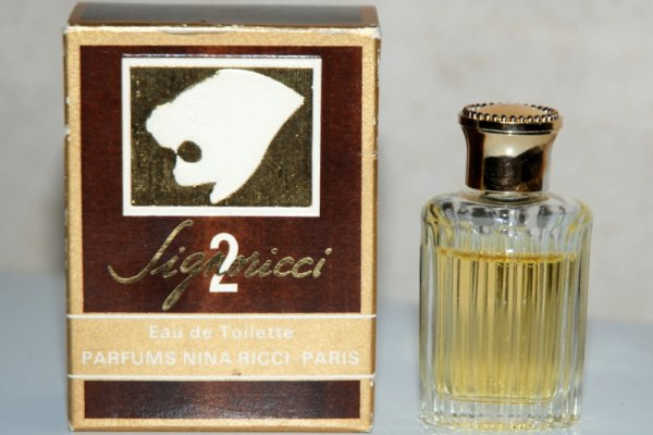 Signoricci 2 de RICCI - Création 1975 - Boite Parfums Nina Ricci