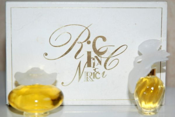 Coffret Duo de RICCI - L'Air du Temps et Fleur de Fleurs