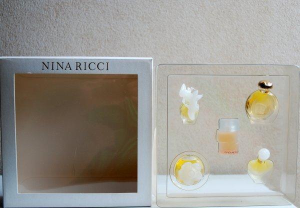 Coffret multi fragrances de RICCI - Suite