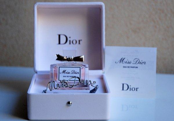 Miss Dior de DIOR - Création 2017 - Réplique Eau de parfum - Jus rose