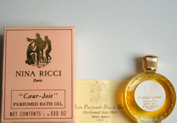 Coeur-Joie de RICCI - Création 1946 - Réplique Montre - Huile parfumée