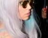 Mme Lady Gaga, s'il vous plait !