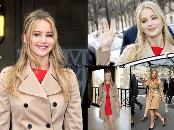 -  - Jennifer était a Paris pour la Fashion Week, le 9 mars 2011.    -  -