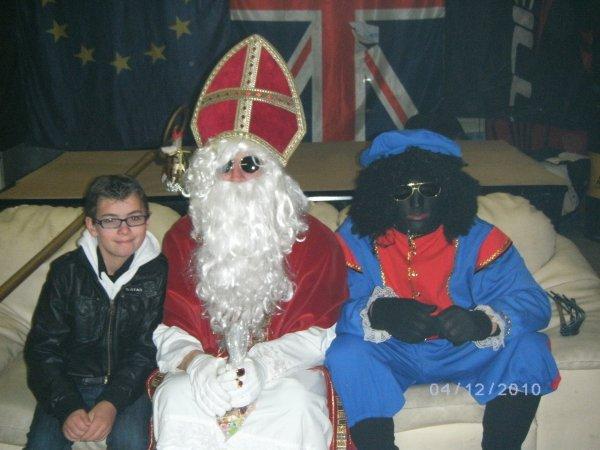 Jordy et Saint Nicolas ce 6 décembre 2010 chez les mcp canardeurs mouscron