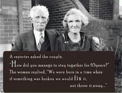 Aimer un être, c'est accepter de vieillir avec lui.  [Albert Camus]