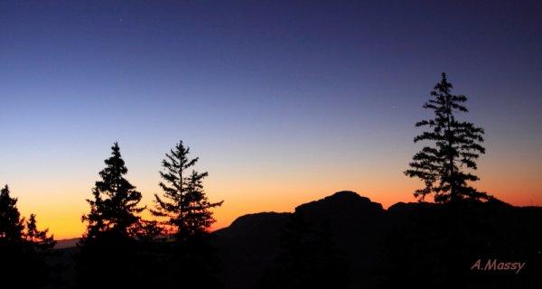 Crépuscule sur Chamechaude (Novembre 2015)