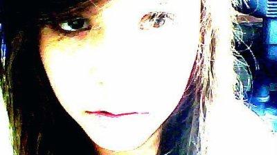 J'ai ouvert mon livre et les pages se sont tournees si vite, les mots en images defilent , c'est mon avenir. Ma vie est un livre qui s'ecrit chaque jours plus vite pour voir la suite, c'est pour sa que je court, pressee de voir, de faire, foncer sans me perdre. ♥ †