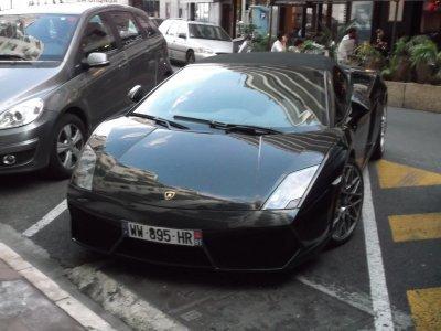 quelque une des voiture de reve ke j ai vu pendan mes vacance a st tropez