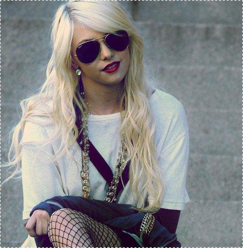 ~ Taylor Momsen ~
