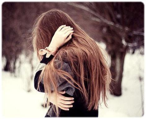 """""""Dans le jeu de l'amour, celui qui aime le moins a toujours l'avantage"""""""