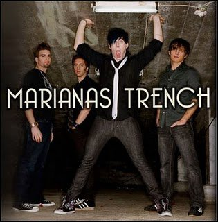 Marianas Trench's fans !