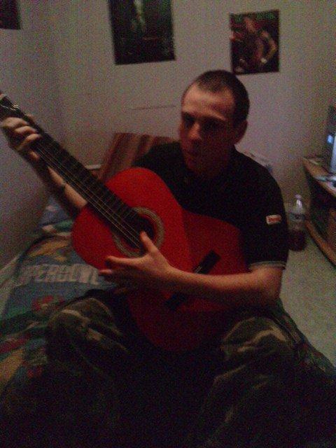 moi a la guitare