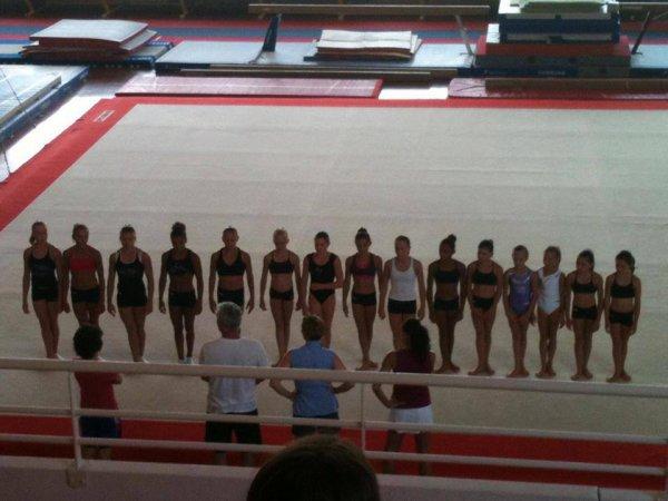 Les gymnastes du pole france de st etienne pour la reprise