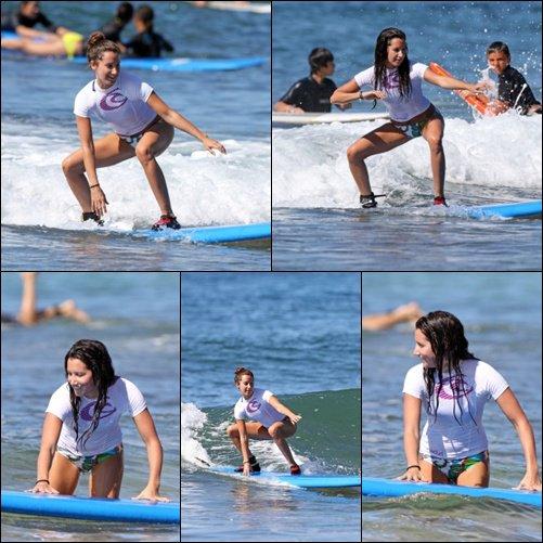 31/12/2010 << Ashley a profité du dernier jour de l'année pour aller surfer à Hawaii, ce qu'elle n'avait plu fait depuis 3 ans. T'en pense quoi ? Donne ton avis !