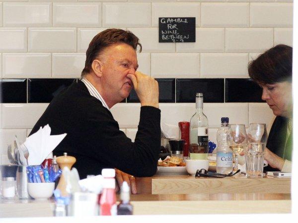 Louis Van Gaal & sa femme on déjeuner à un restaurant Chinois à Manchester