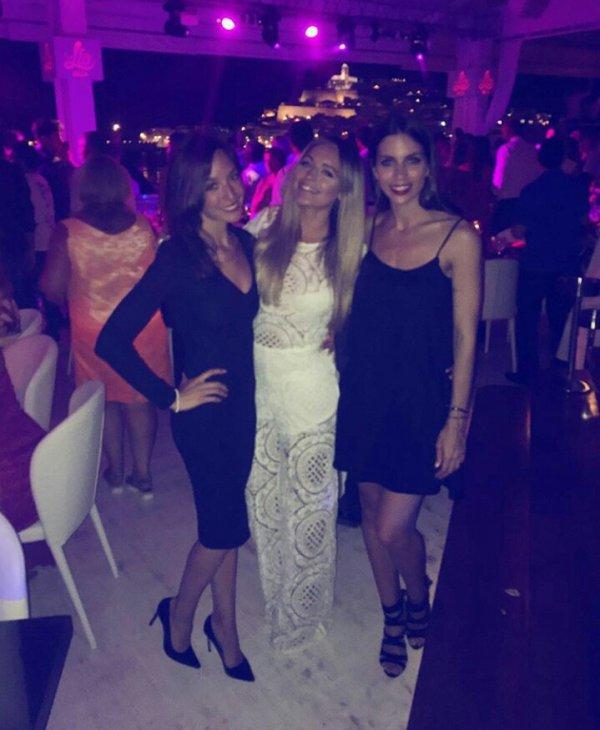 Anna Iniesta avec Romarey Ventura & Melissa Jimenez