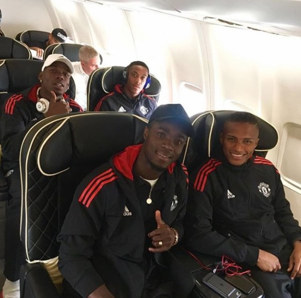 Paul Pogba avec Anthony Martial, Eric Bailly & Antonio Valencia
