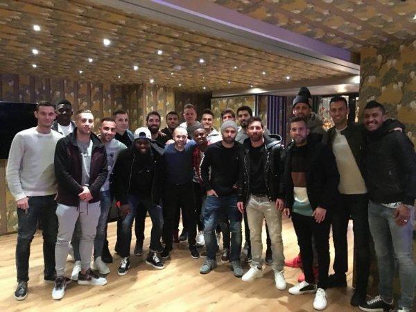 Les Joueurs du Barça au restaurant Messi