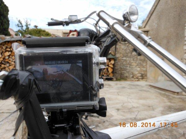 2 TRUCS POUR FILMER EN ROULANT...