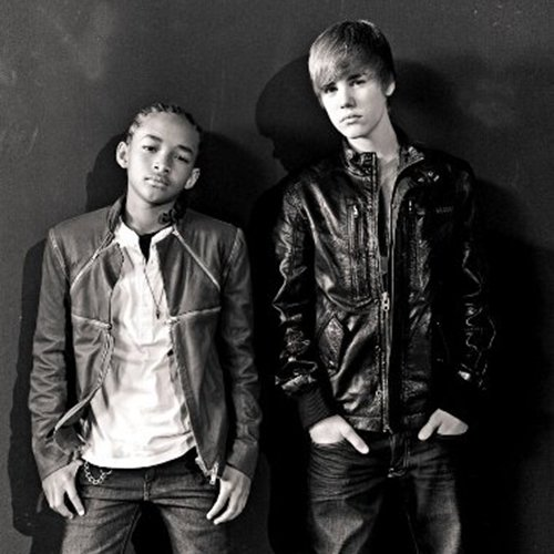 Never Say Never (The Remixes) / Never Say Never (Feat Jaden Smith) (2011)