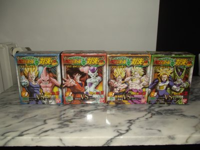 Hscf n° 18 GOGETA & DBZ super fighters BANDAI