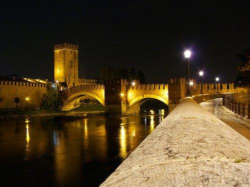 Lui, Verona