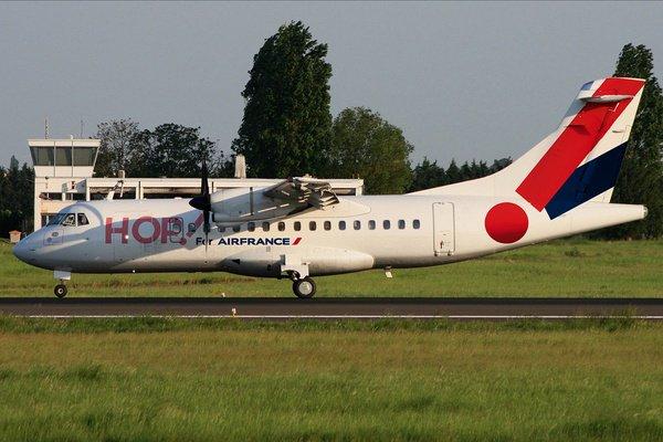 HOP! ATR42 AT ORLY