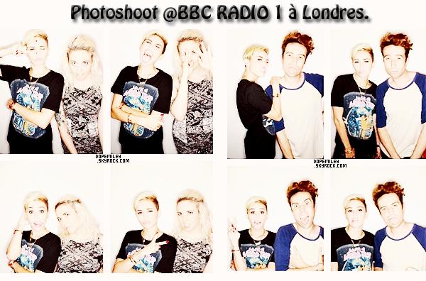 """18/07/13 : Miley a fait la promotion de son nouveau single """"We Can't Stop"""" aujourd'hui, à Londres, à la Radio BBC 1. Elle a ensuite fait un photoshoot avec Nick Grimshaw."""